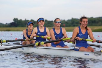 Women's 4- at Met Regatta