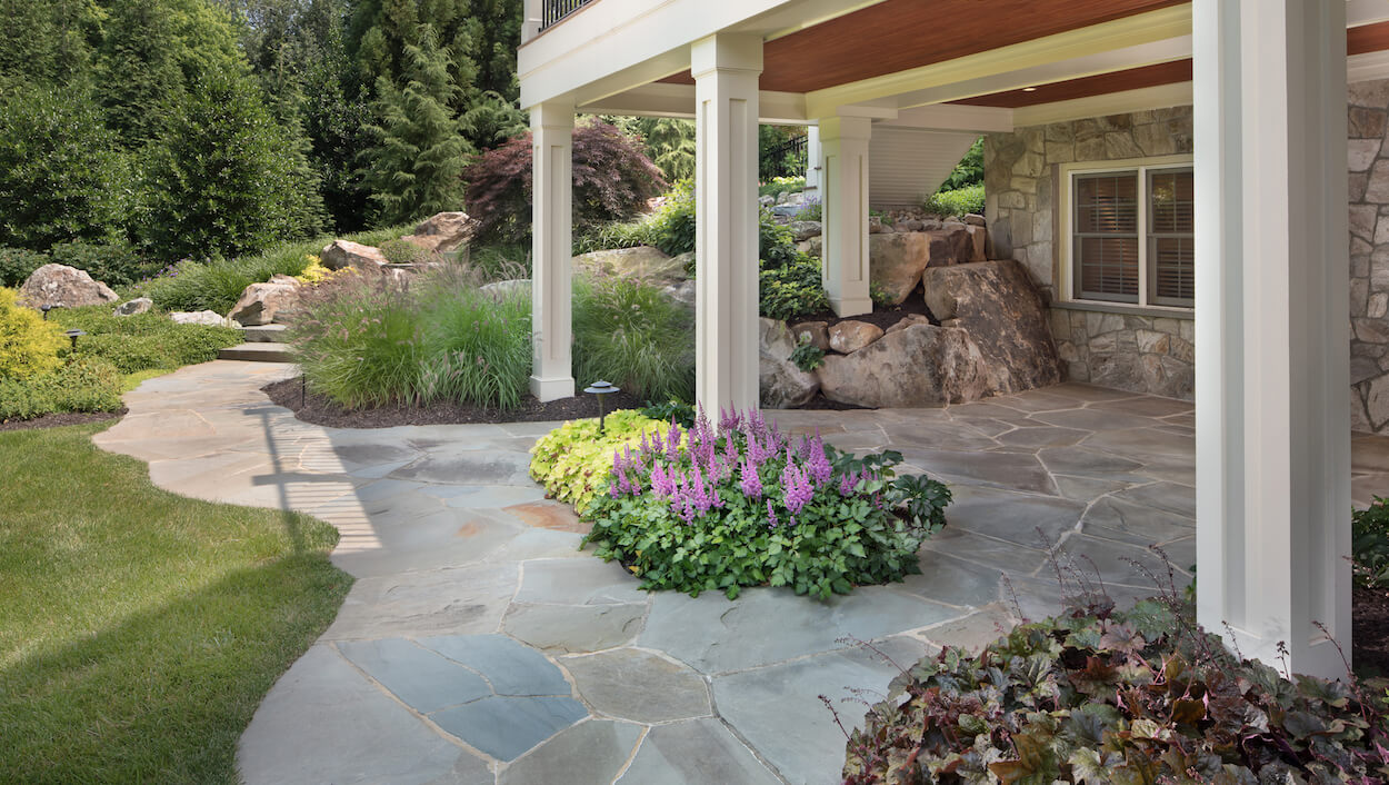 Should You Use Flagstone or Pavers in Your Backyard Patio ... on Patio Shape Designs id=23189