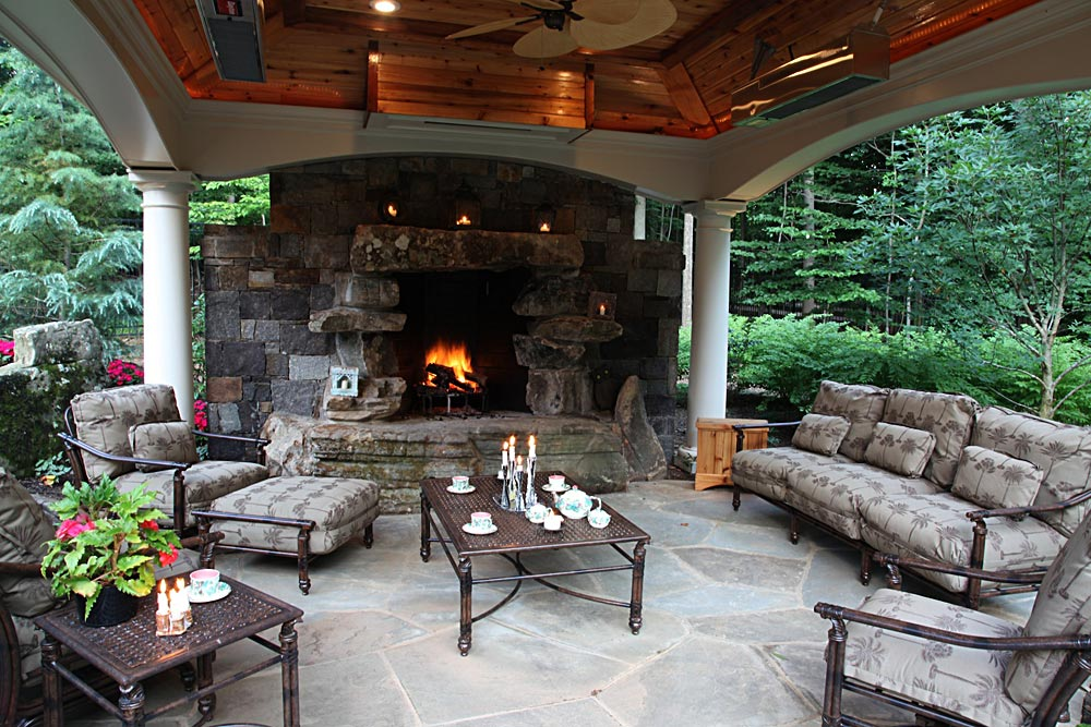 Photo Gallery of Outdoor Kitchens, Fireplaces & Fire pits on Covered Outdoor Kitchen With Fireplace id=67314