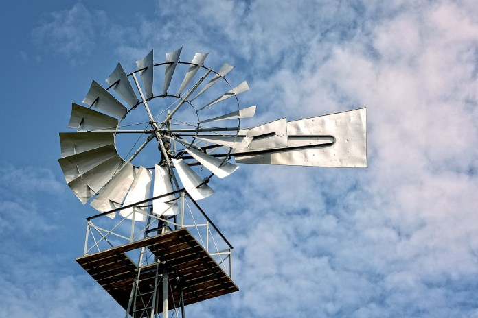 The 10 Best Garden Windmills For Backyard Decoration