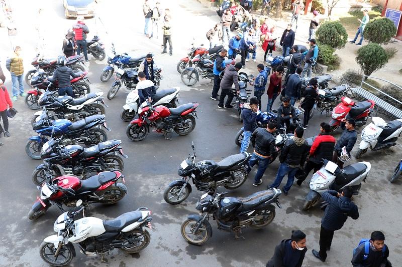 रगेंहात मोटरसाइकल चोरीमा संलग्न पाँचविरुद्ध प्रहरीको मुद्दा