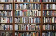 नवविवाहित दम्पतिद्वारा पुस्तकालयलाई सहयोग