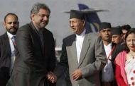 पाकिस्तानी प्रधानमन्त्री अब्बासी काठमाडौँमा, अर्थमन्त्रीद्वारा स्वागत