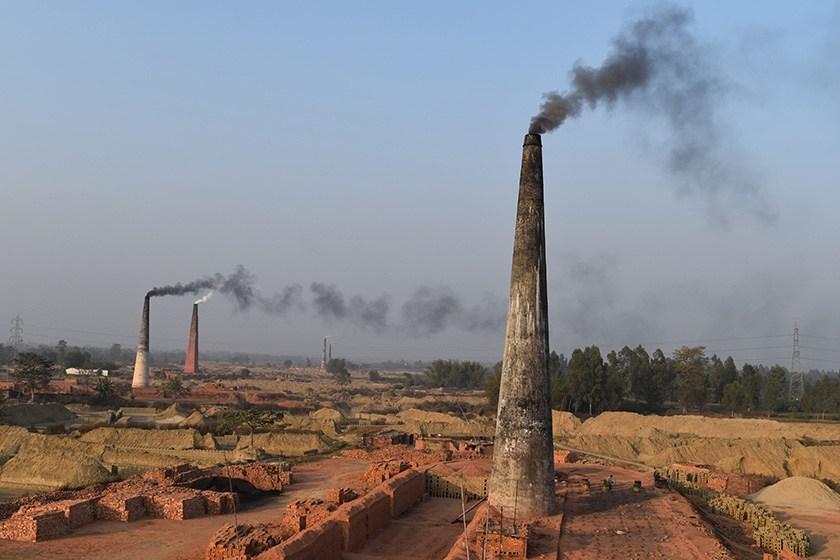 इँटा भट्टाका कारण प्रदूषण बढाएको भन्दै पाँचखालवासी आन्दोलित