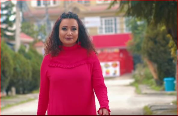 गायिका कार्कीको स्वरमा 'धेरै–धेरै' गीतको म्युजिक भिडियो सार्वजनिक (भिडियो सहित)