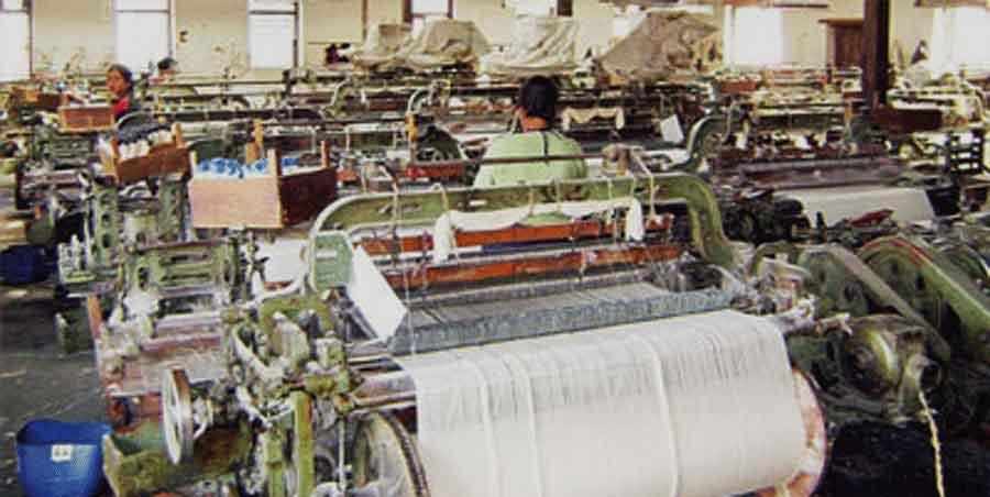 आजदेखि मुलुकभरका सम्पूर्ण कपडा उद्योगहरू बन्द गर्ने चेतावनी, अब सरकार के गर्ला ?