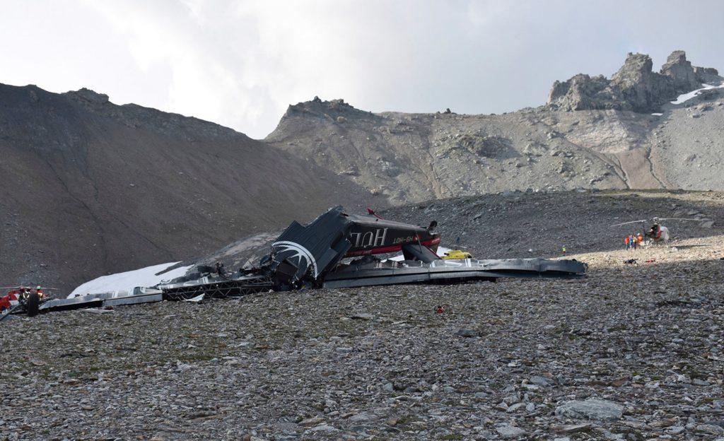 दुर्घटनाग्रस्त इन्डोनेसियाली विमानको मध्य भाग भेटियो