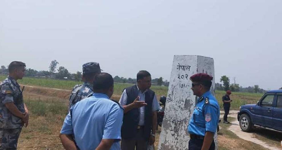 नेपाल भारतको दशगजा क्षेत्रमा सीमास्तम्भ निर्माण