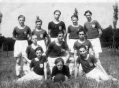 SuS Jugend von 1946-1947 Stehend v.l. Jupp Siepmann, Otto Schomacker, Jupp Amecke, Ernst Nölken, Andreas Hansel. Mitte v.l. Franz Becker, Paul Zöllner, Theo Kappelmann. V.v.l. Werner Hering, Fritz Ebel, Fredi Hansel.