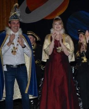 Prinzessin Hanna I. (Vickermann) und Prinz Andreas I. (Brunsendorf) freuen sich auf Euer Kommen