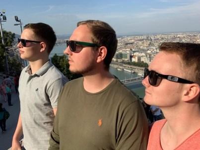 Elias Plattfaut, Jost Hansel, Leander Spierling in Budapest am 07.11.19