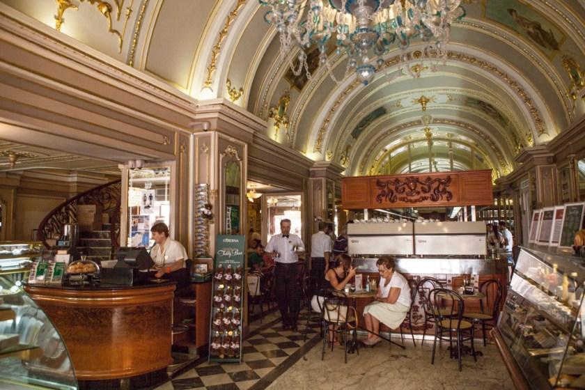 Malta Valletta Fotograf Reise Cafe Cordina-1
