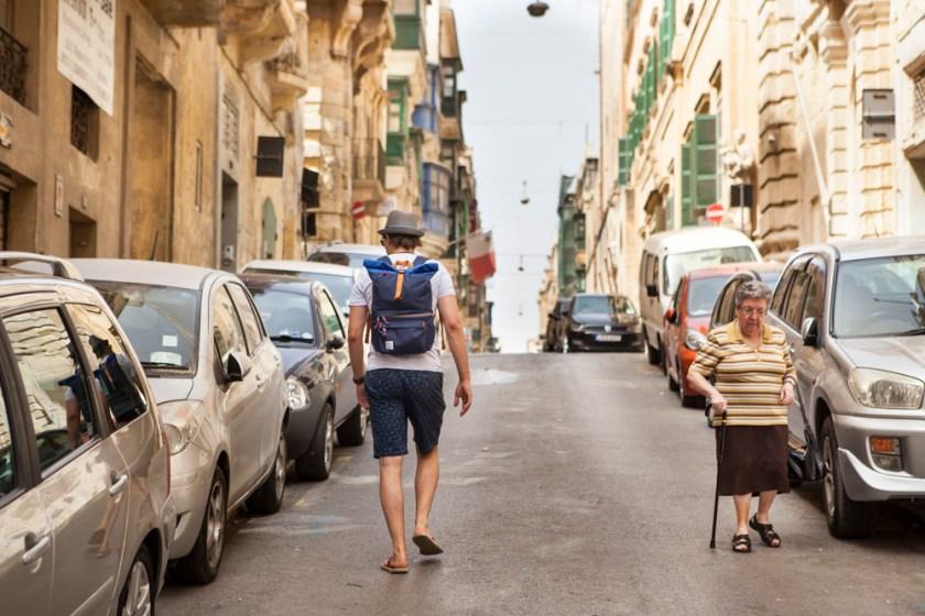 Blick Valletta Malta Altstadt Weltkulturerbe Meer Stadtmauer Hafen Fort Hellolulu Kamera Kamerarucksack Fototasche Designstraps Rucksack Fotorucksack Travel Photographer reisefotograf Hochzeitsfotograf Frankfurt