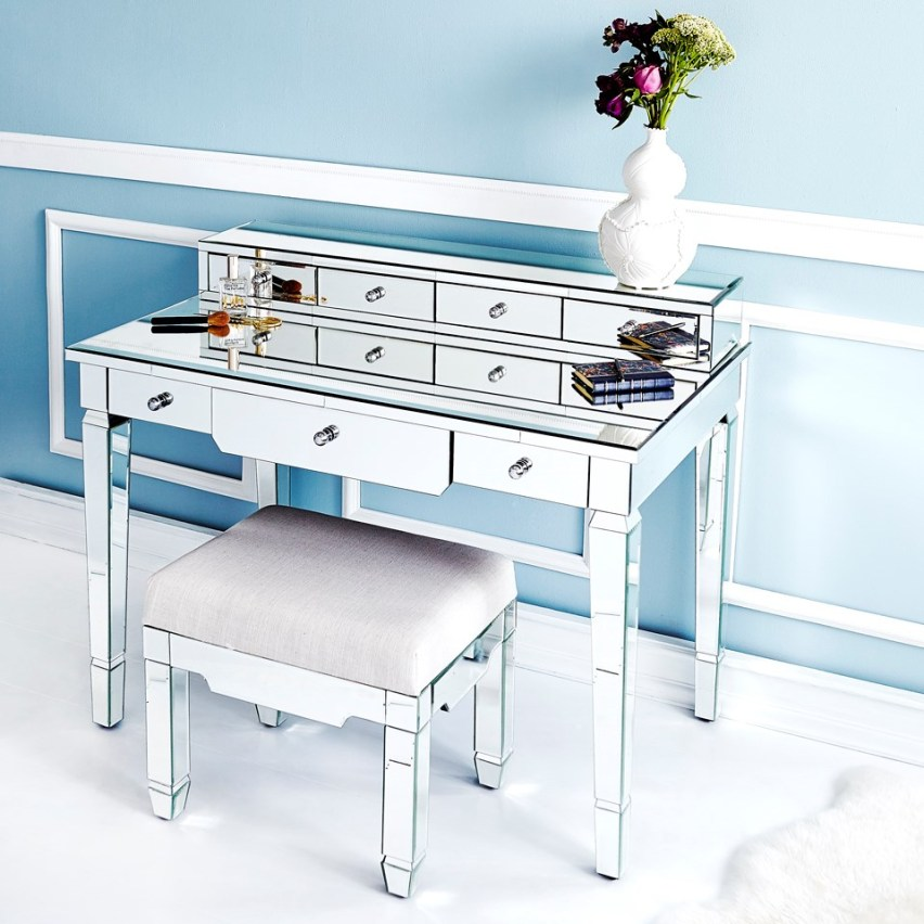 Top 8 picks from las vegas market susan hayward interiors for Bungalow 5 desk