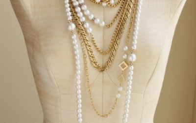 How to style and layer necklaces featuring pearls