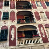 Trompe L'oeil adorns the buildings in Santa.