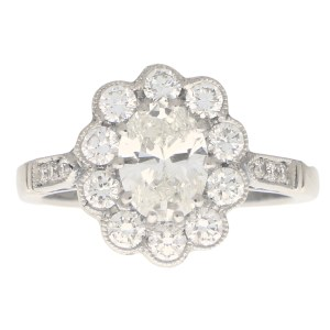 Oval Diamond Cluster Ring Set in Platinum