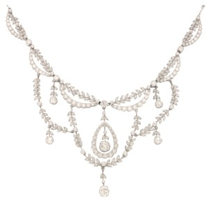 Edwardian Diamond Filigree Necklace in Platinum