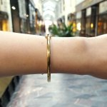 Gold bangle 4mm wide