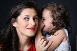"6 Benefits for Children of ""Older Mothers"""