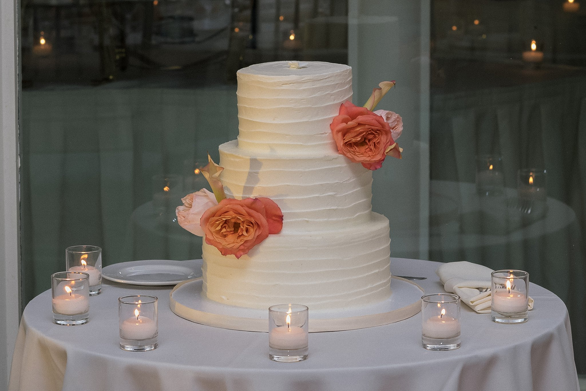 Wedding Cake photographed by Susan Shek Wedding Photography in New York City, NY.