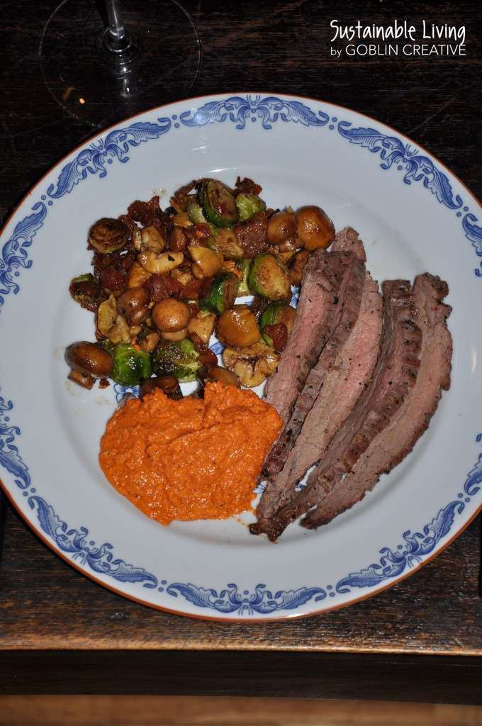 Flankstek med romesco och grönsaker