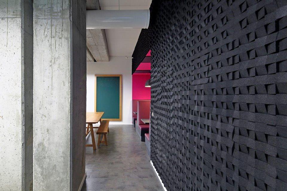 installation-scenes-organic-blocks-minichock-2