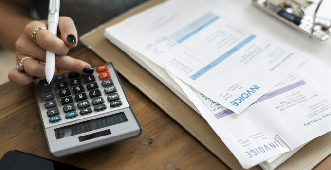 capturing invoices -accounts payable software