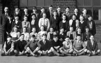 https://i1.wp.com/www.suttonbeauty.org.uk/suttonhistory/robins_lane_school1/index_files/robins_lane_junior_school.jpg?resize=382%2C238