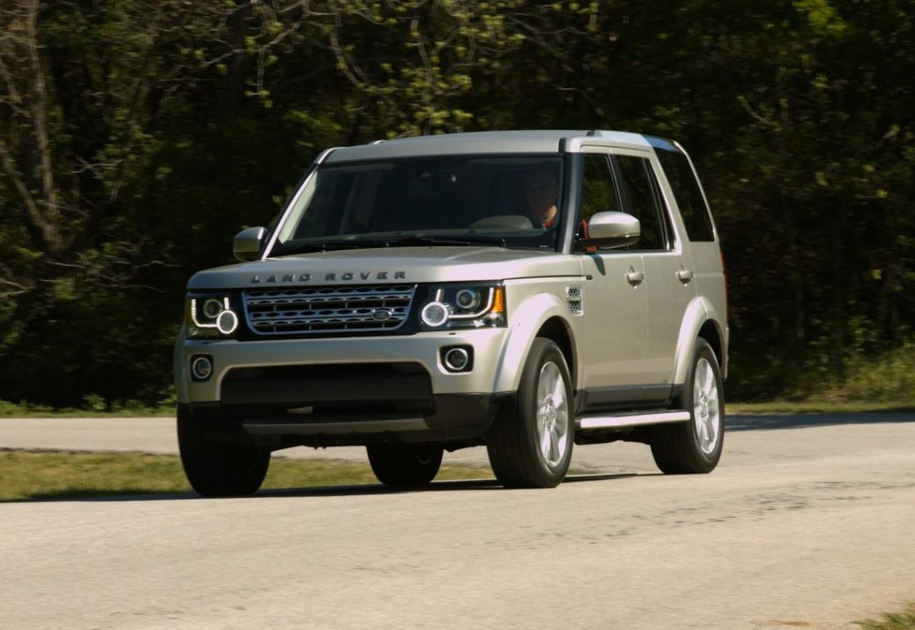 Comparison Land Rover LR4 2016 Vs Jeep Grand