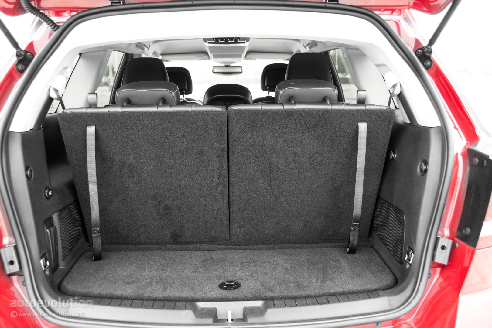 Comparison Dodge Journey Crossroad SUV 2015 Vs Ford