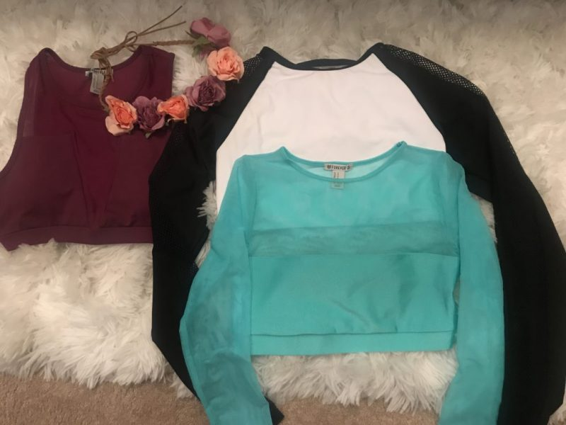 16ff9b80143 6 Tips On How To Find Summer Clothes In The Winter Solo Female