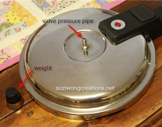 lid with pressure valve