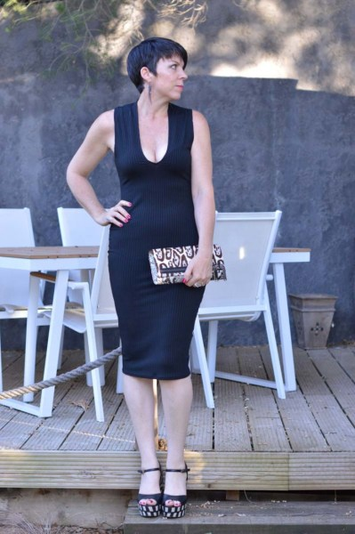 Black bodycon dress6