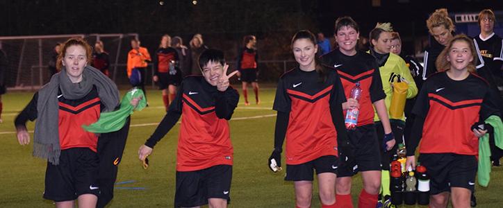 Aktive Herren: Köperbetonter Dreier – Aktive Frauen: Erneute Steigerung - Fußballverein im Saarland