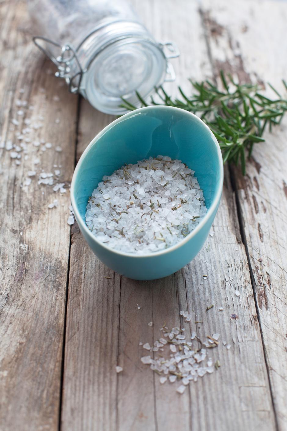 Homemade rosemary sea salt | Autor: Photographer: Natalie Barth