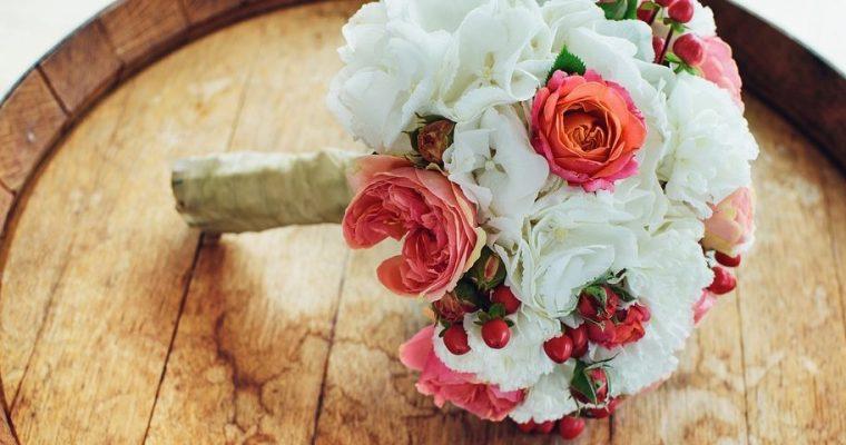 Svatební květiny vrustik stylu