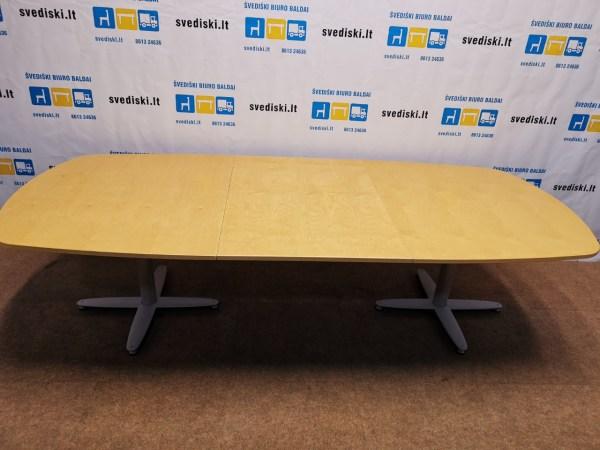 konferencinis stalas - geltona spalva svediski.lt, Stabilus biuro baldai, pakeliamas stalas, pakeliami stalai, darbo stalas, kampiniai darbo stalai, darbo kedes, lentynos spintos, komodos, konteineriai, zurnaliniai staliukai, spinteles, pakabinamos lentyneles, biuro komplektai, daiktadezes, biuro baldai namams, ofiso baldai, ofiso baldai verslui, konferenciju kedes, biuro lentynos, biuro spinteles, biuro spintos, baldai verslui, ergonomiskos kedes, ergonomiski stalai, ergonomiskas stalas, ergonomiska kede, ergonomiska spinta, ergonomiska spintele, stalciu blokai, spintos su stiklinemis durelemis, magnetines lentos, balta magnetine lenta, konferenciju stovai, vadovo biuro baldai, darbuotojų biuro baldai, Lankytojų kėdės, konferencines kedes, vilnius, kaunas, klaipeda, siauliai, panevezys, Efg, Martela, Edsbyn, Linak, Swedstyle, Horreds, Skandiform, Materia, Martinstoll, NC Nordic Care, Drabert, prabangus biuras, puikios, aukstos kokybės modernūs ergonomiški biuro baldai