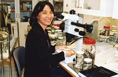 Fang Fang in lab