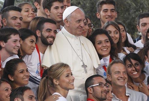 Papa o dostojanstvu maloljetnika u digitalnom svijetu