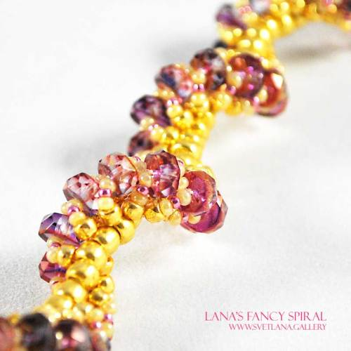 Lana's Fancy Spiral Purple and Pink Version - Bead Pattern Gallery