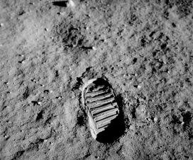 Pre 50 godina - prvi korak čovečanstva na drugom svetu 1