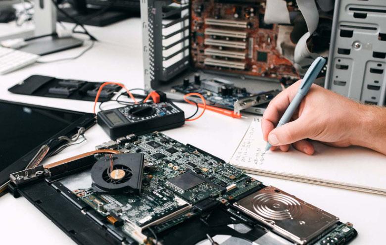 servis za kompijutere i laptop