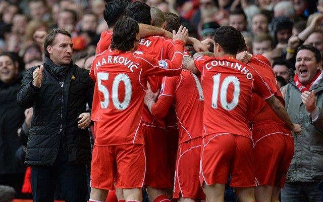 Liverpool slavi