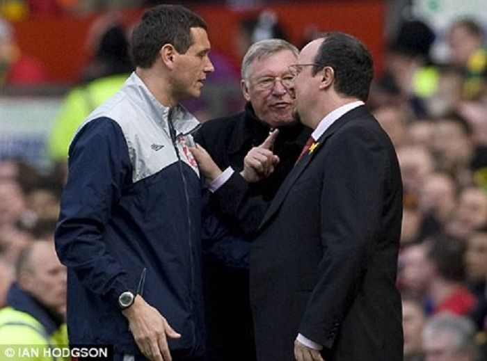 4_sir_alex_ferguson_i_rafa_benitez_111904_4062_big