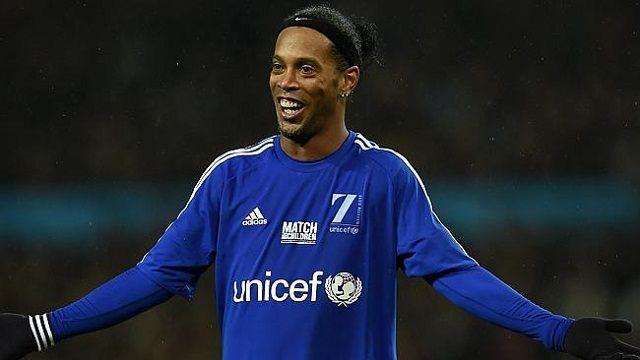 Agent potvrdio: Ronaldinho se vraća nogometu