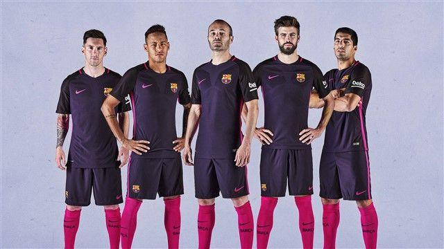 Barcelona bira između tri sjajna igrača, legenda napušta klub