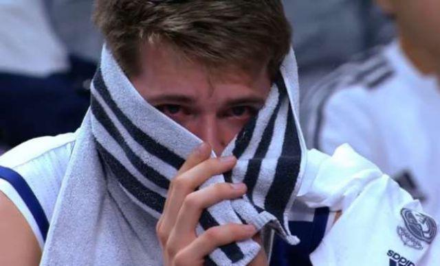 VIDEO: Dončić zaplakao nakon što je zamjenjen