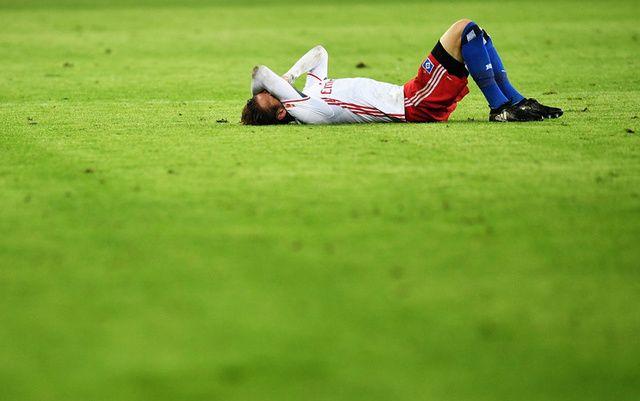 NEVJEROVATNO: Povrijedio se slaveći sopstveni gol (VIDEO)