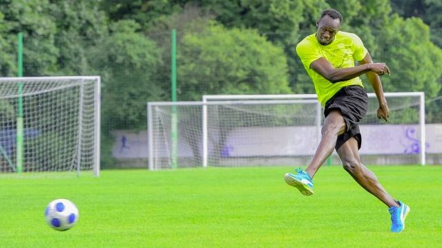 Usain Bolt potpisao ugovor sa nogometnim klubom!
